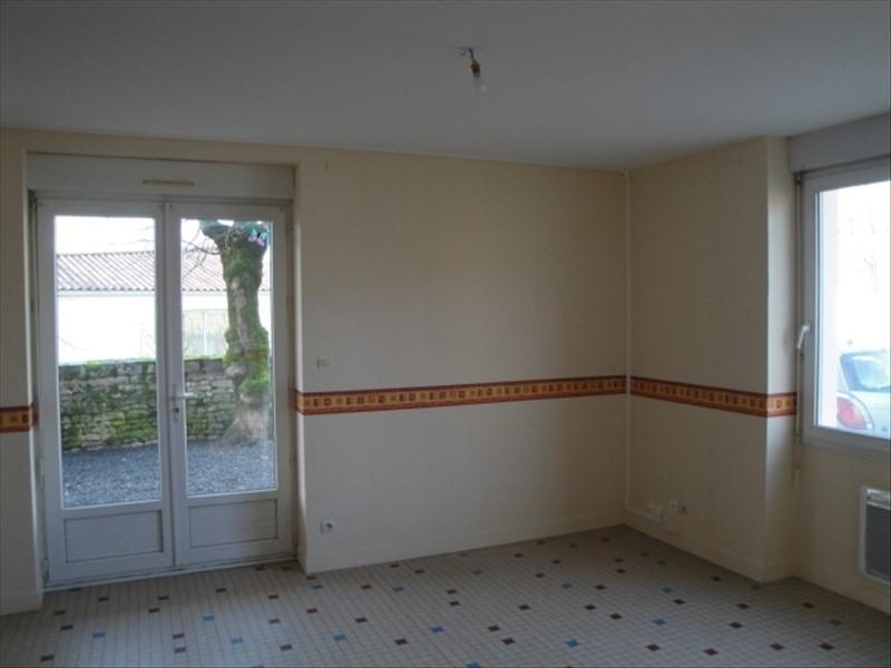 Location maison / villa Chauray 540€ CC - Photo 2