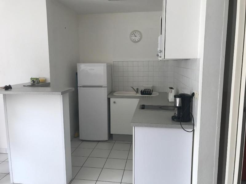 Rental apartment Les trois ilets 785€ CC - Picture 3
