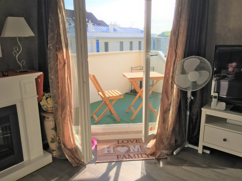 Location appartement Beauchamp 787€ CC - Photo 3
