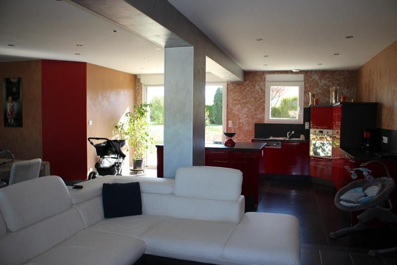 Sale house / villa Vaire 239300€ - Picture 2