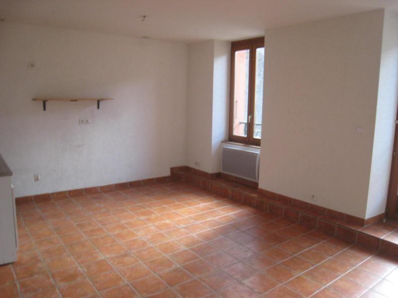 Location appartement Cornier 590€ CC - Photo 2