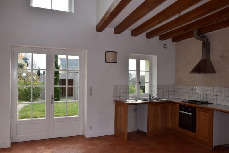Rental house / villa Echemire 655€ CC - Picture 4