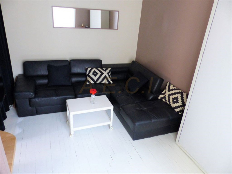 Sale apartment Asnieres sur seine 216000€ - Picture 2