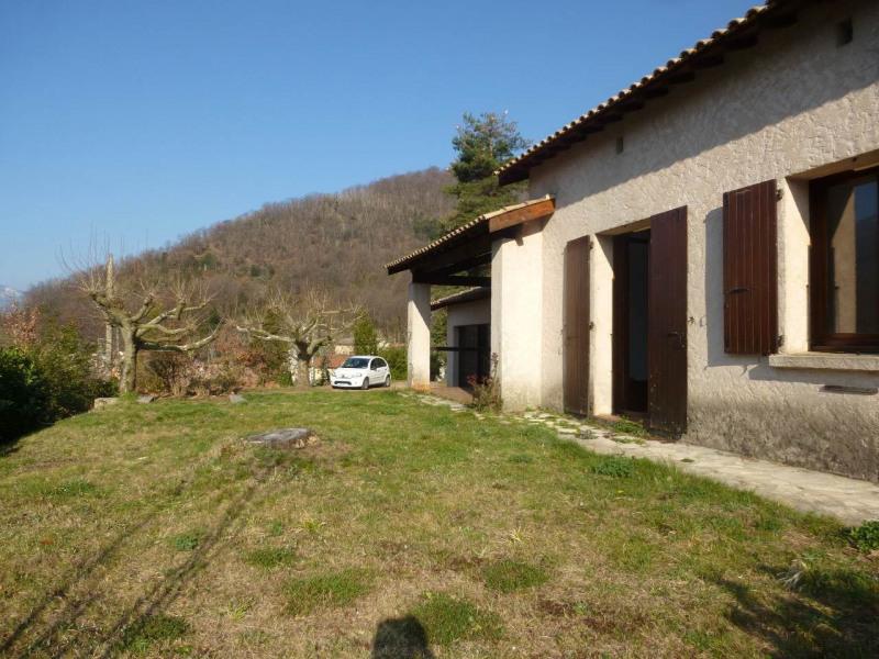 Location maison / villa Thueyts 615€ CC - Photo 2