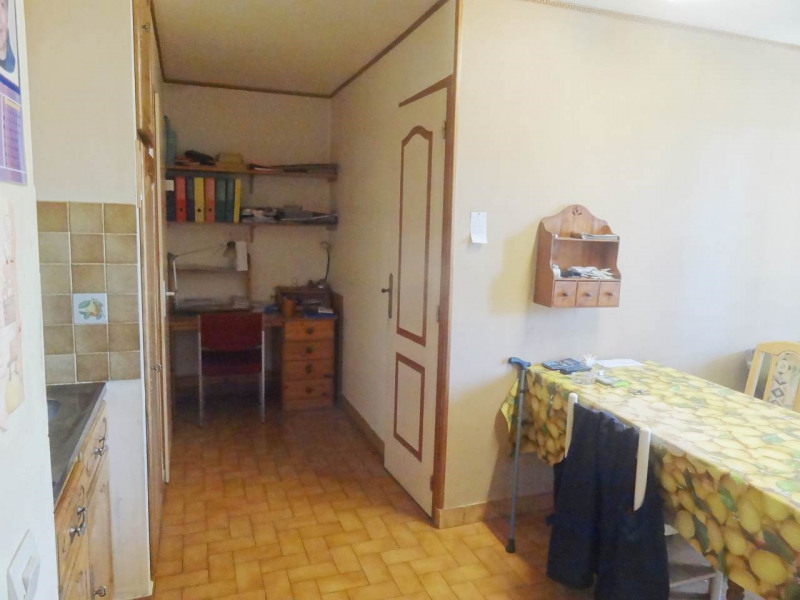 Sale apartment Gaillard 120 000€ - Picture 2
