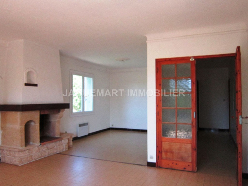 Rental apartment Lambesc 740€ CC - Picture 7