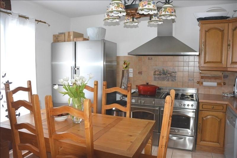 Sale apartment Peypin 180000€ - Picture 1