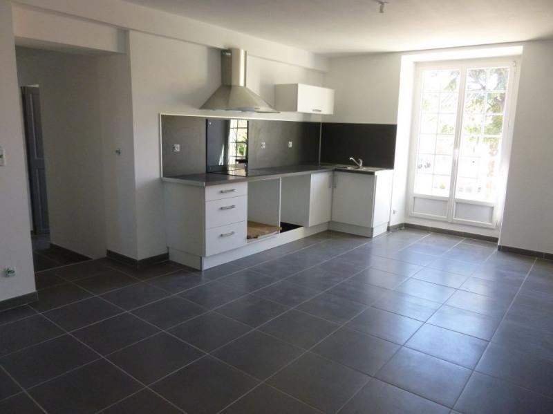 Rental apartment Entraigues sur la sorgue 648€ CC - Picture 2