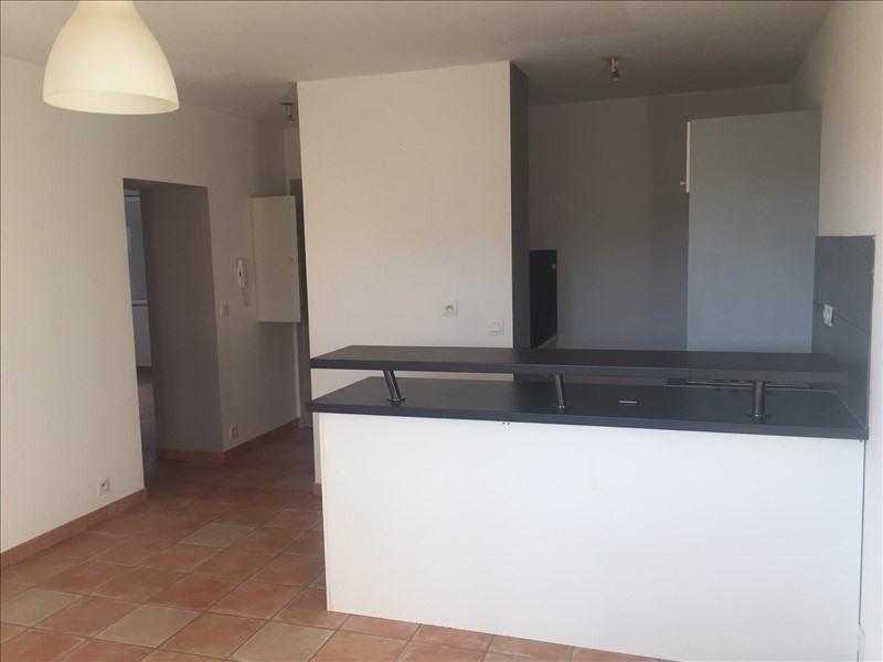Location appartement Aix en provence 920€ CC - Photo 2