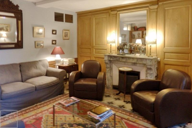 Deluxe sale house / villa Guereins 680000€ - Picture 12