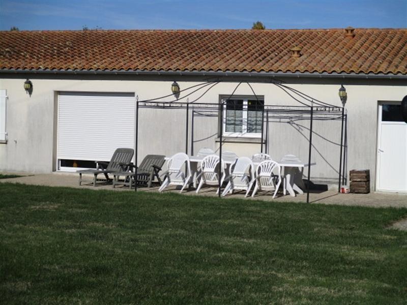 Sale house / villa St pierre de l ile 162500€ - Picture 7