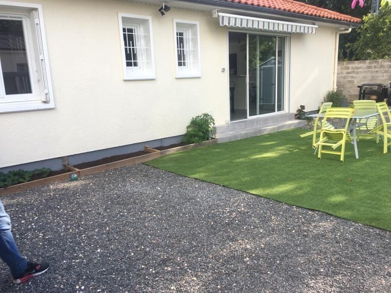 Sale house / villa Ambares et lagrave 246700€ - Picture 2