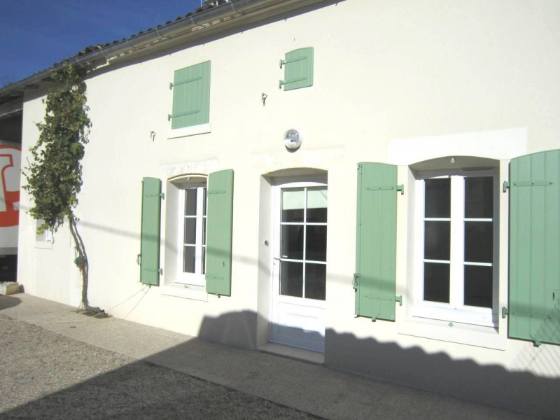 Rental house / villa Burie 478€ CC - Picture 1
