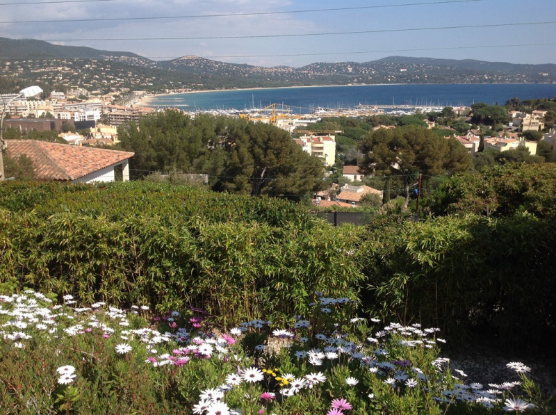 Vacation rental house / villa Cavalaire sur mer 1 400€ - Picture 1