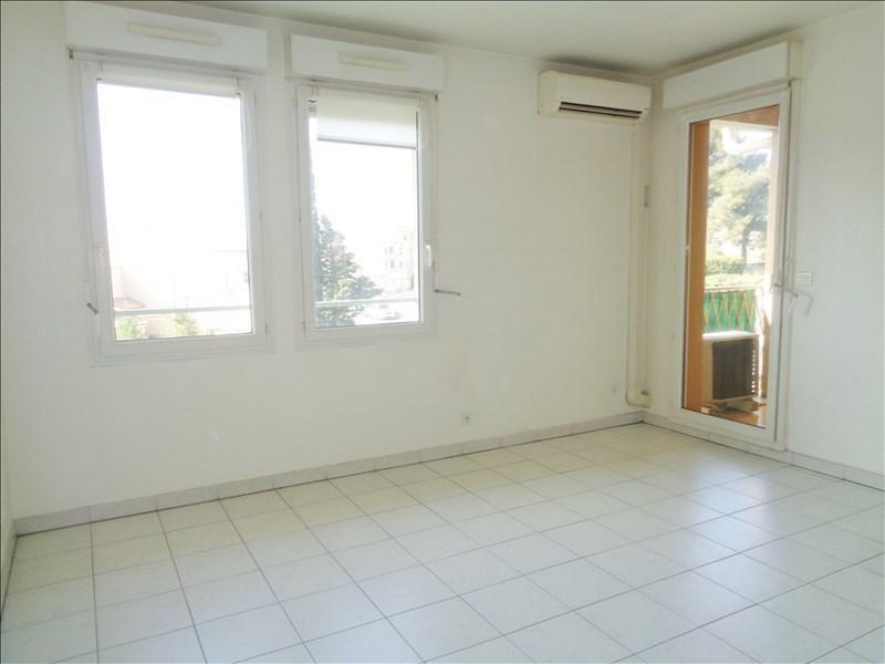 Rental apartment Six fours les plages 650€ CC - Picture 3
