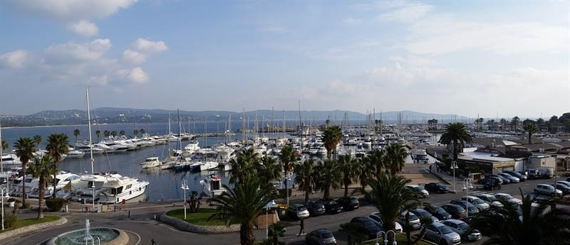 Location vacances appartement Cavalaire sur mer 900€ - Photo 1