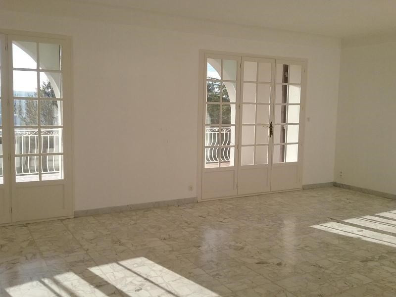 Rental house / villa Rousset 1 409€ CC - Picture 4