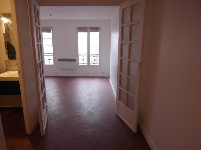 Rental apartment Paris 3ème 1 008€ CC - Picture 2