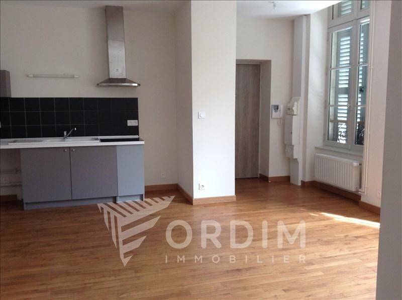 Location appartement Auxerre 795€ CC - Photo 1