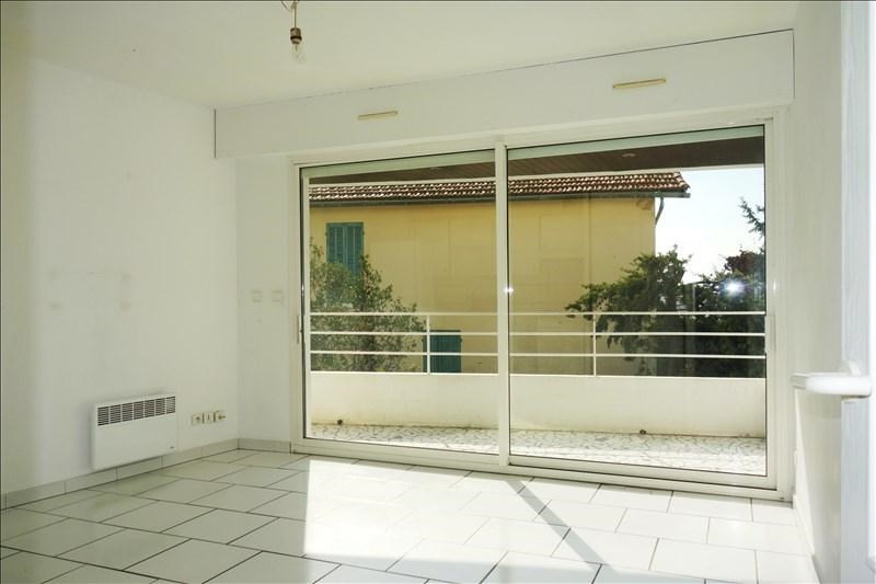 Verhuren  appartement Bandol 687€ CC - Foto 1
