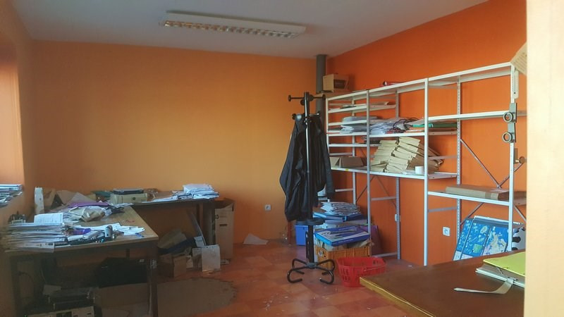Location local commercial St lo 2 420€ CC - Photo 7