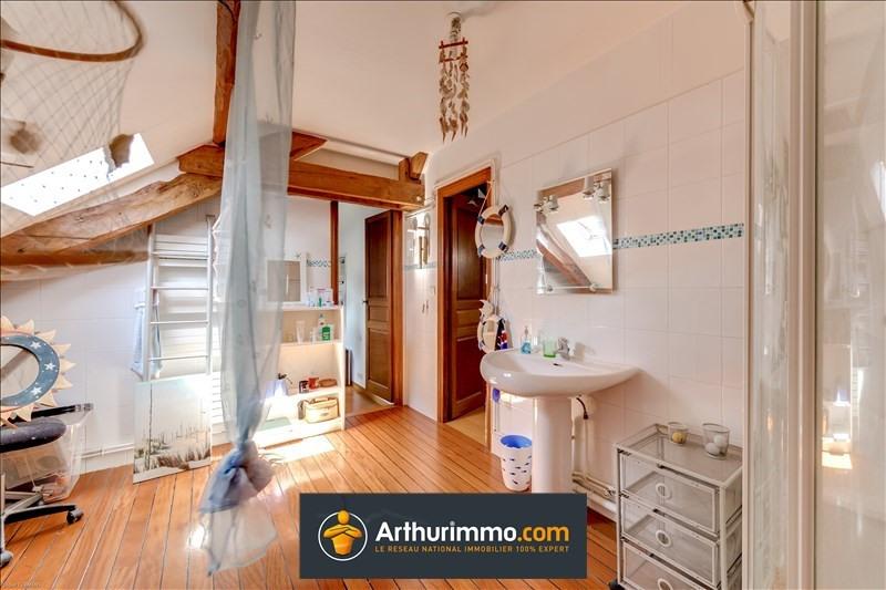 Sale house / villa Morestel 298000€ - Picture 10