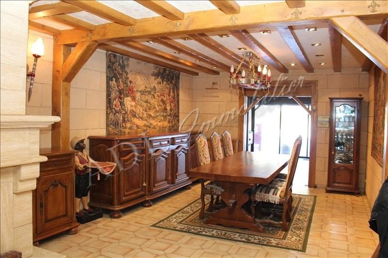 Deluxe sale house / villa Lamorlaye 728000€ - Picture 2