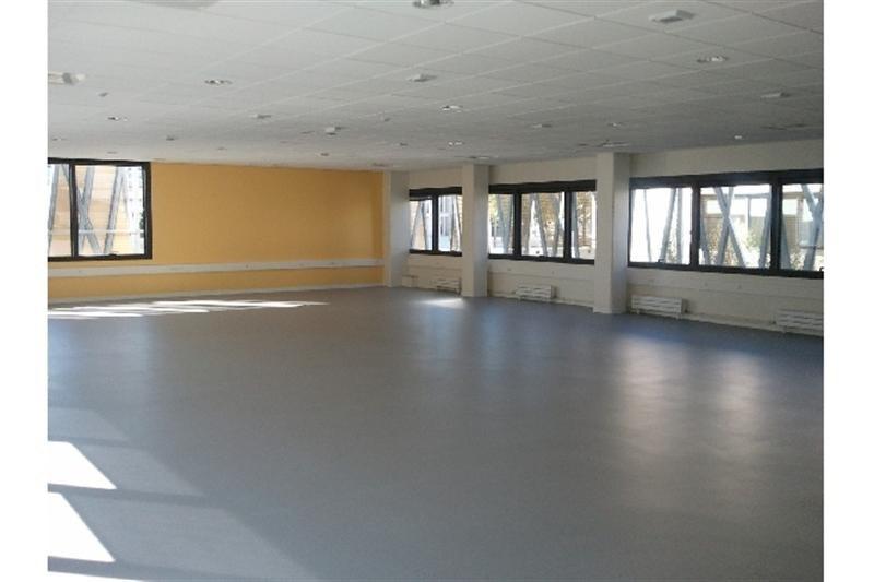 location bureau bourges cher 18 2000 m r f rence n ref 1814. Black Bedroom Furniture Sets. Home Design Ideas