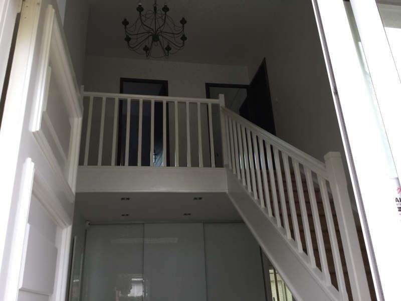 Location maison / villa Plaisir 2900€ +CH - Photo 7