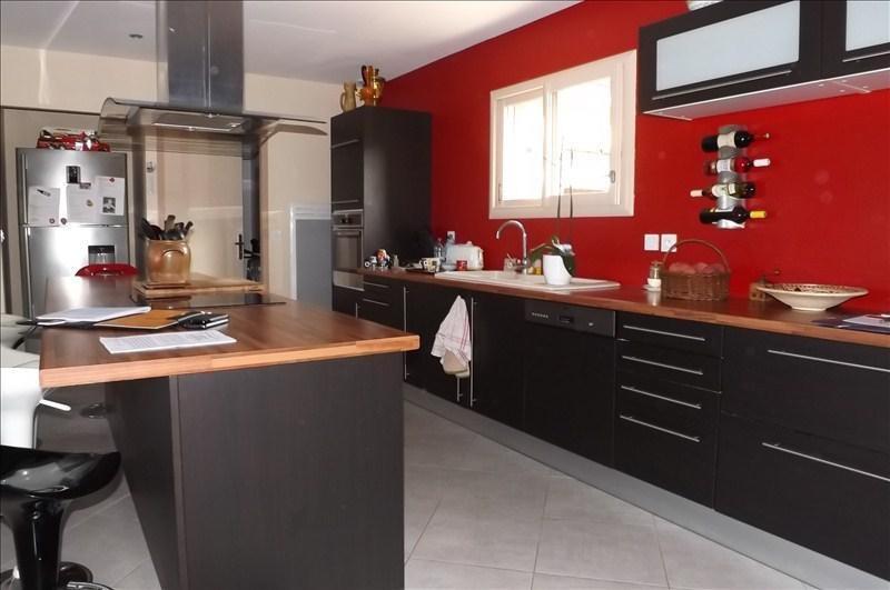 Sale house / villa Montpon menesterol 224500€ - Picture 4