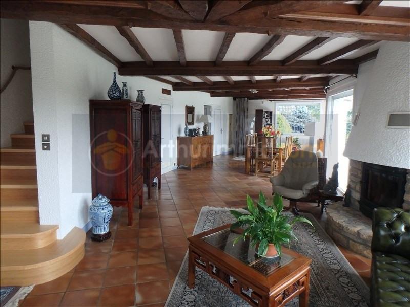 Sale house / villa St cyr sur menthon 390000€ - Picture 9