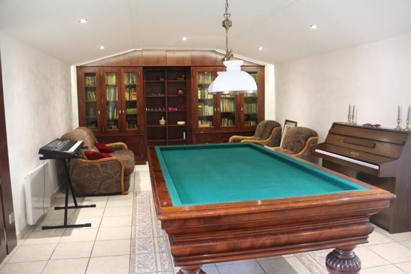 Deluxe sale house / villa Saint-vincent-de-boisset 735000€ - Picture 4