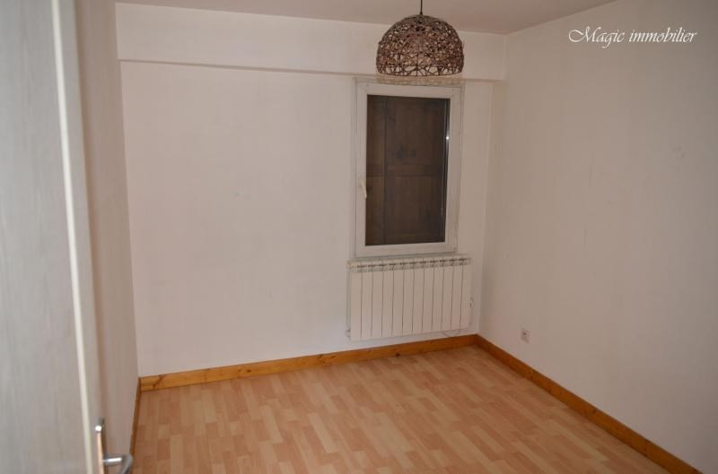 Rental apartment Nantua 381€ CC - Picture 4