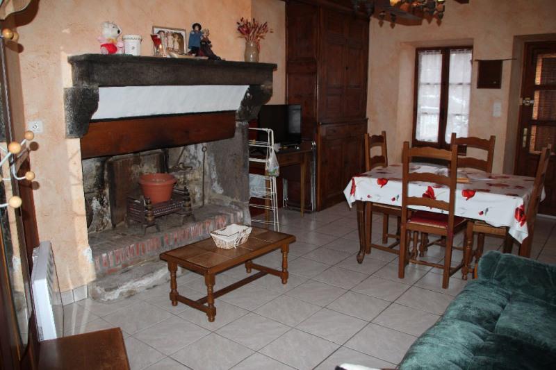 Sale house / villa Saint saturnin 94800€ - Picture 2