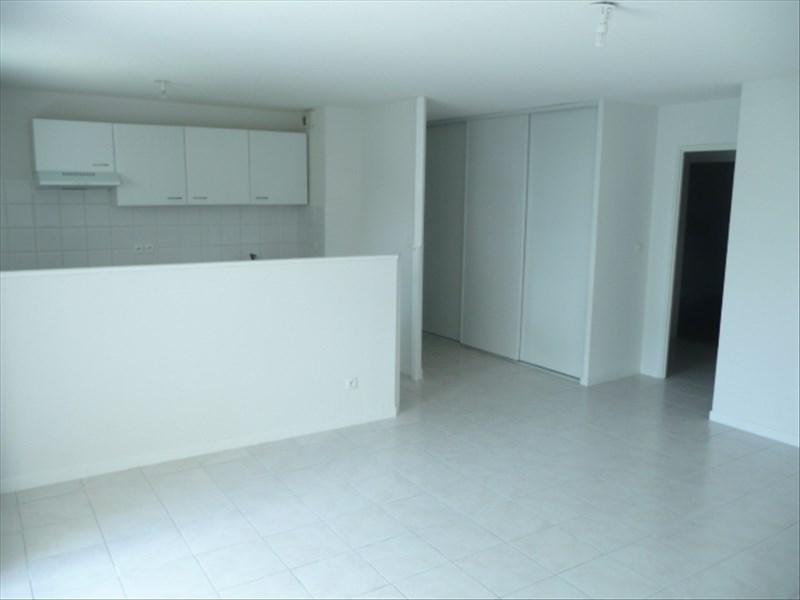 Rental apartment Roanne 660€ CC - Picture 3