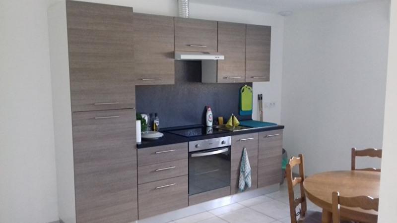 Rental house / villa Saint charles la foret 520€ CC - Picture 2