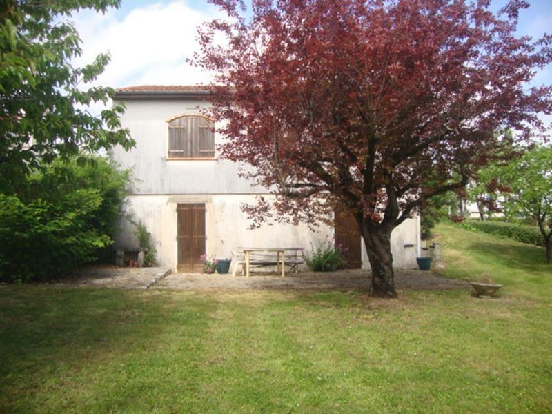 Vente maison / villa Saint-jean-d'angély 129900€ - Photo 3