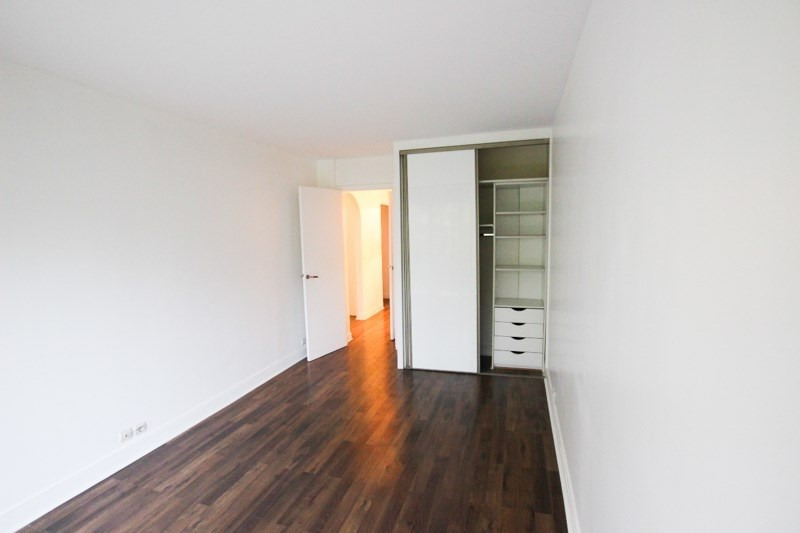 Location appartement Paris 16ème 2 350€ CC - Photo 4