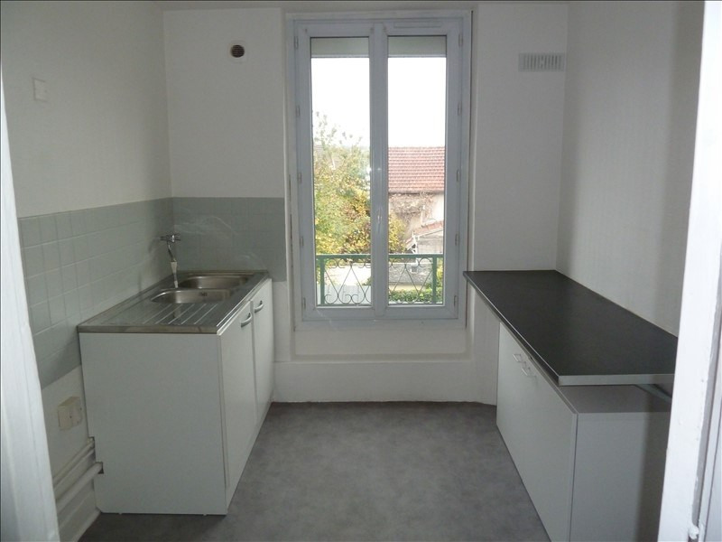 Location appartement Maurecourt 695€ CC - Photo 4