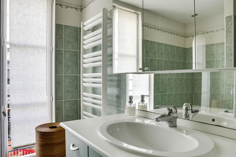 Location appartement Paris 11ème 2880€ CC - Photo 9