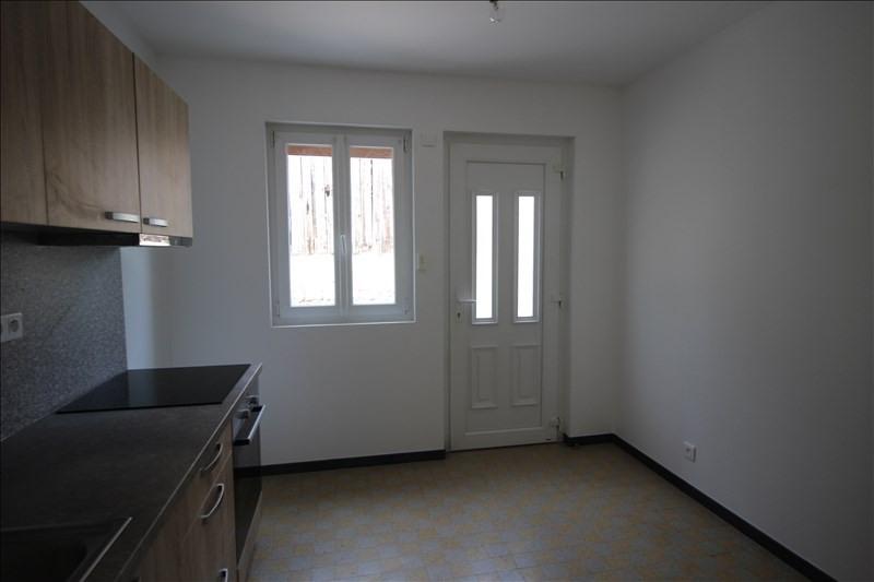 Rental apartment Saint pierre en faucigny 620€ CC - Picture 5