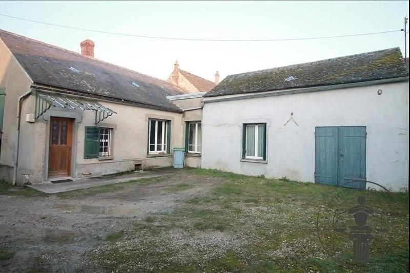 Sale house / villa Sainville 117000€ - Picture 1