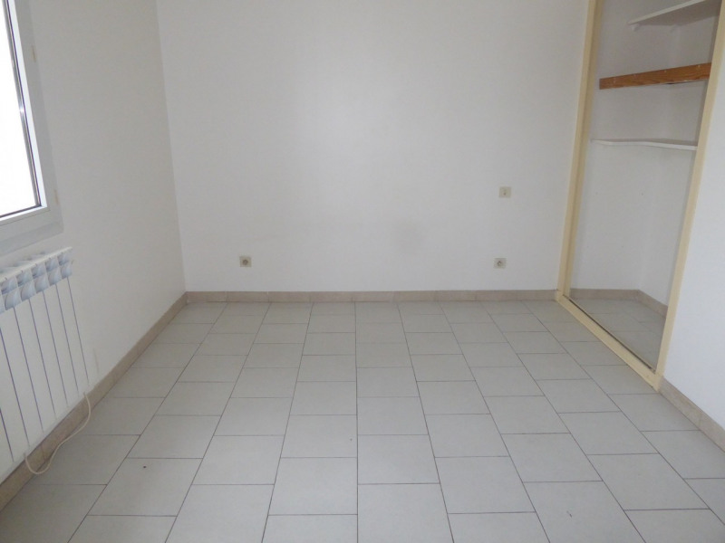 Location maison / villa Vogüé 618€ CC - Photo 10