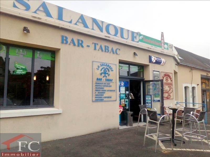 Commercial property sale shop Chateau renault 137750€ - Picture 1