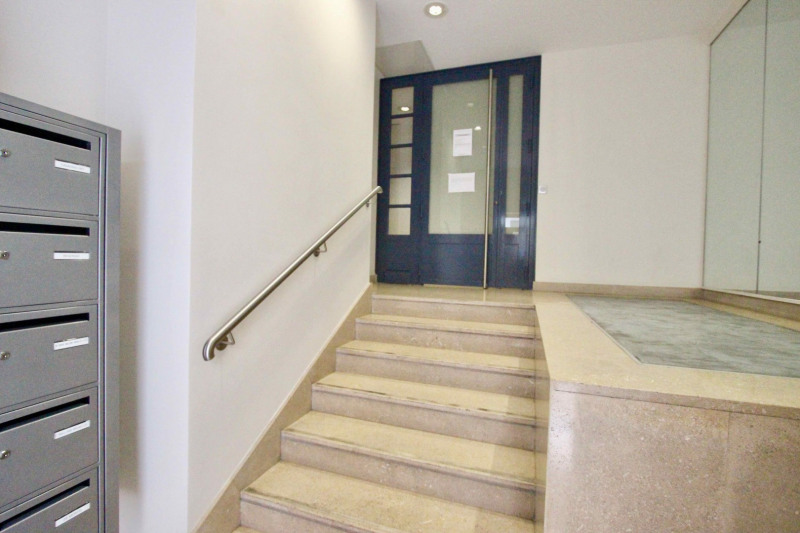 Sale apartment Paris 4ème 679 000€ - Picture 7