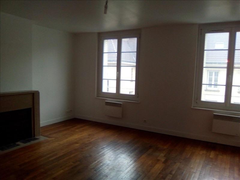 Location appartement Beauvais 780€ CC - Photo 1
