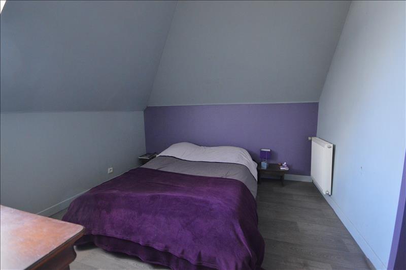 Sale house / villa Pont croix 229240€ - Picture 6