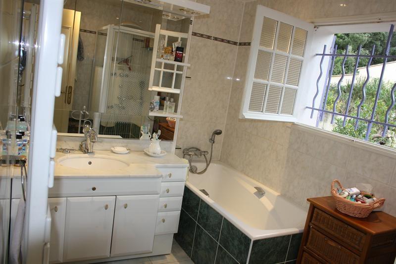 Sale house / villa Les issambres 835000€ - Picture 11