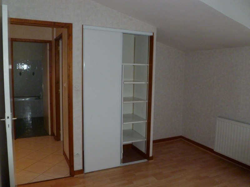 Location maison / villa St benoit 860€ CC - Photo 4