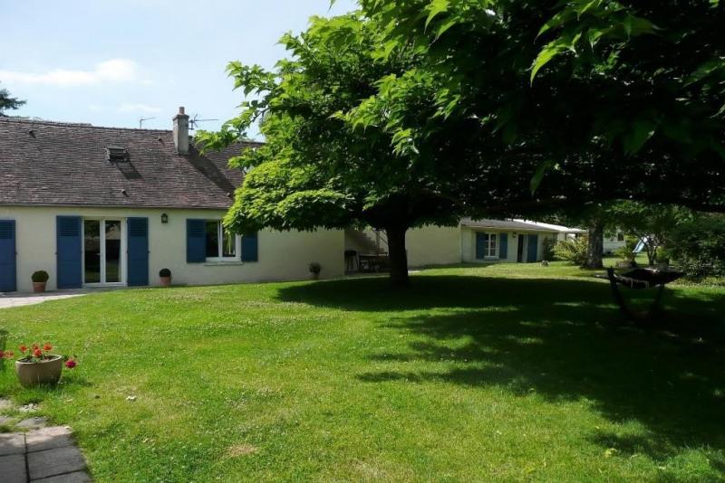 Sale house / villa Prunay en yvelines 379000€ - Picture 1